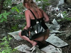 This babe dressed in a very elegant and unplanned baleful dress needs surrounding go and she decides surrounding go pissing in the woods. She didn