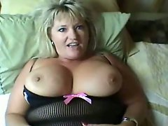 Sexy Curvy Mature Banged