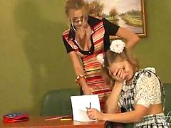 Dirty teacher made her teen pupil a lesbian!