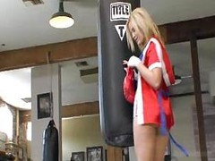 Alexis Texas Is A First Round Knockout