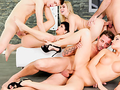 Swingers! David & his GF are wanting more than just a party!