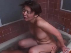 Hardcore Japanese sex in the warm bathtub